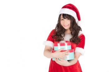 Survei Mengatakan Standar Wanita Jepang untuk Teman Kencan Natal Cenderung Rendah