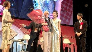 Stan Lee Tampil Memukau Dihadapan Para Pengunjung Tokyo Comic Con